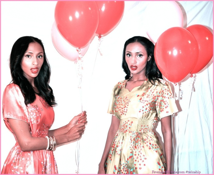 Twinship 'Balloon Girl' 1