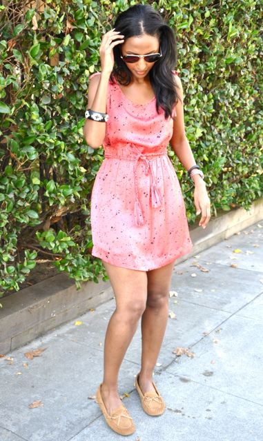 Feven is wearing... moccasins: Lucky Brand pink dress: Forever 21 '2011 bracelet: H&M watch: Michael Kors sunglasses: Ray Ban Jawbone Up