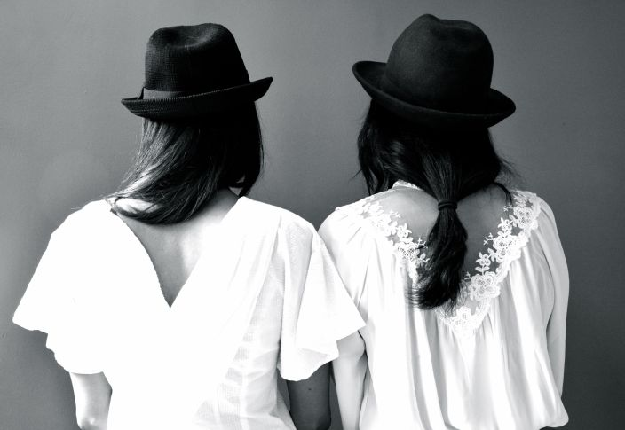 Feven (left) Helena (right)...wearing our blouses backwards and lovin' it.
