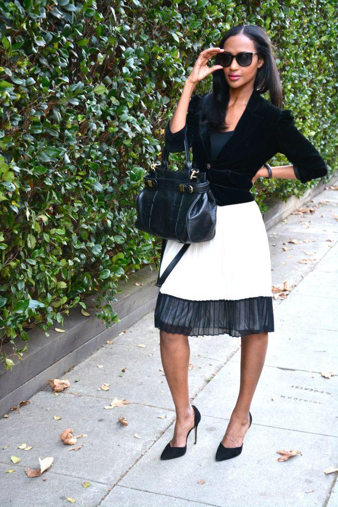Helena is wearing… blazer: vintage skirt: Forever 21 heels: Zara sunglass: D&G band: Jawbone Up